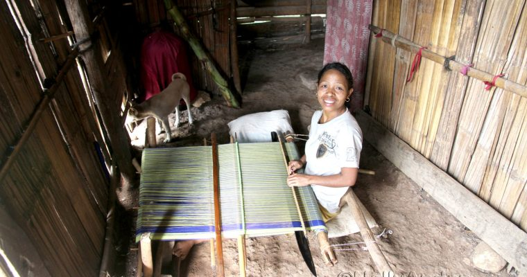 Flores Adventure – meeting a weaver in Beakondo – Her disability is not her inability