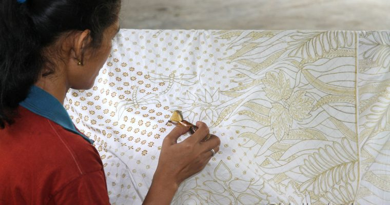 Learning to become a batik artist @ Berkah Lestari Batik Studio, Yogjakarta, Central Java
